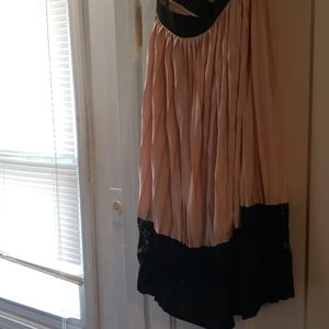 Dresses & Skirts - Sheer skirt with lining